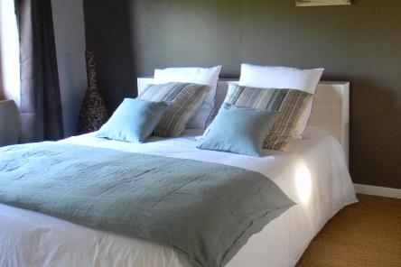 """Dormir chambres d'hôtes Lorient Hennebont Auray Kervignac - Les Jardins du Cloestro -Déco chambre """"Terre et Mer"""""""